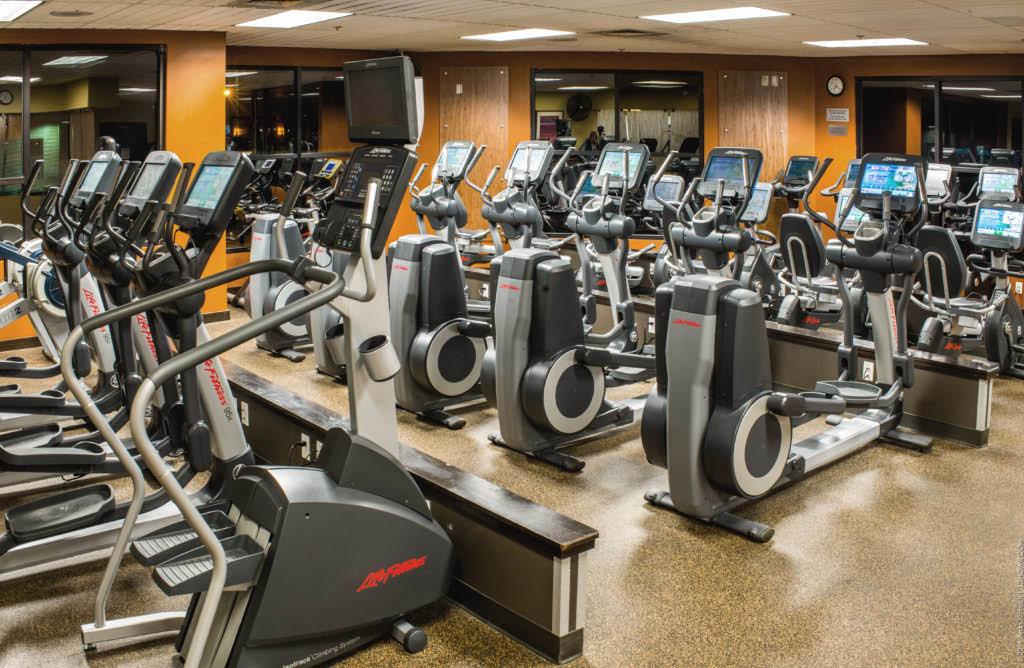 Kirkland gyms - Kirkland health clubs - Columbia Athletic Club Juanita Bay - Kirkland, WA - huge cardio room - cardio equipment