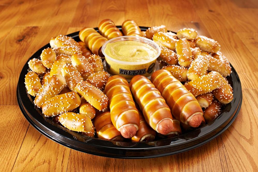 soft pretzel catering tray