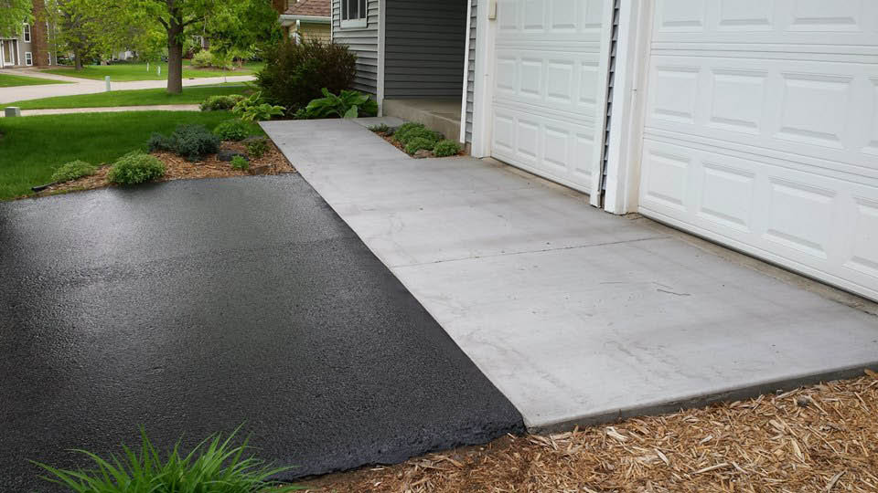 Concrete Driveway Aprons, Sidewalks and Patios