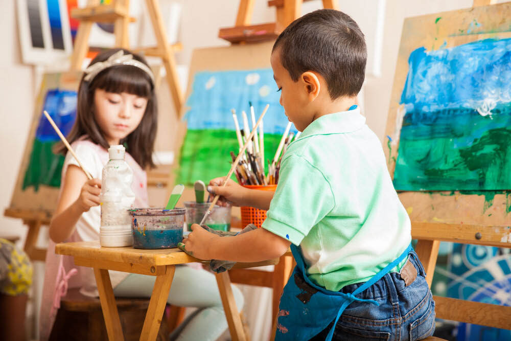 Create & Gogh arts and crafts studio in Graham, WA - art classes for kids and adults - arts and crafts classes - painting classes near me