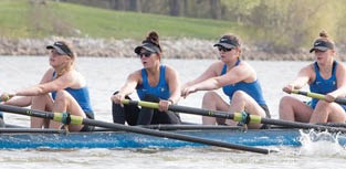 Creighton Winning Rowteam near Bellevue