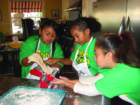 Summer camp cooking school for kids
