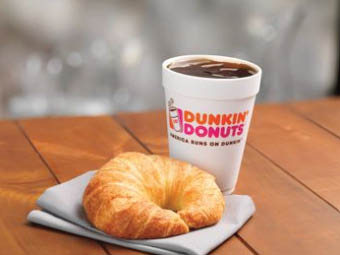 Dunkin Donuts, coffee shops near Norwood and Milton