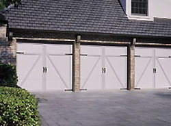 Overhead Door Company of Kansas City, garage doors in kansas city, garage door openers, garage door service in kc, garage door repair, garage door repair in kansas city, garage door experts, garage door experts in kansas city, carriage house garage doors