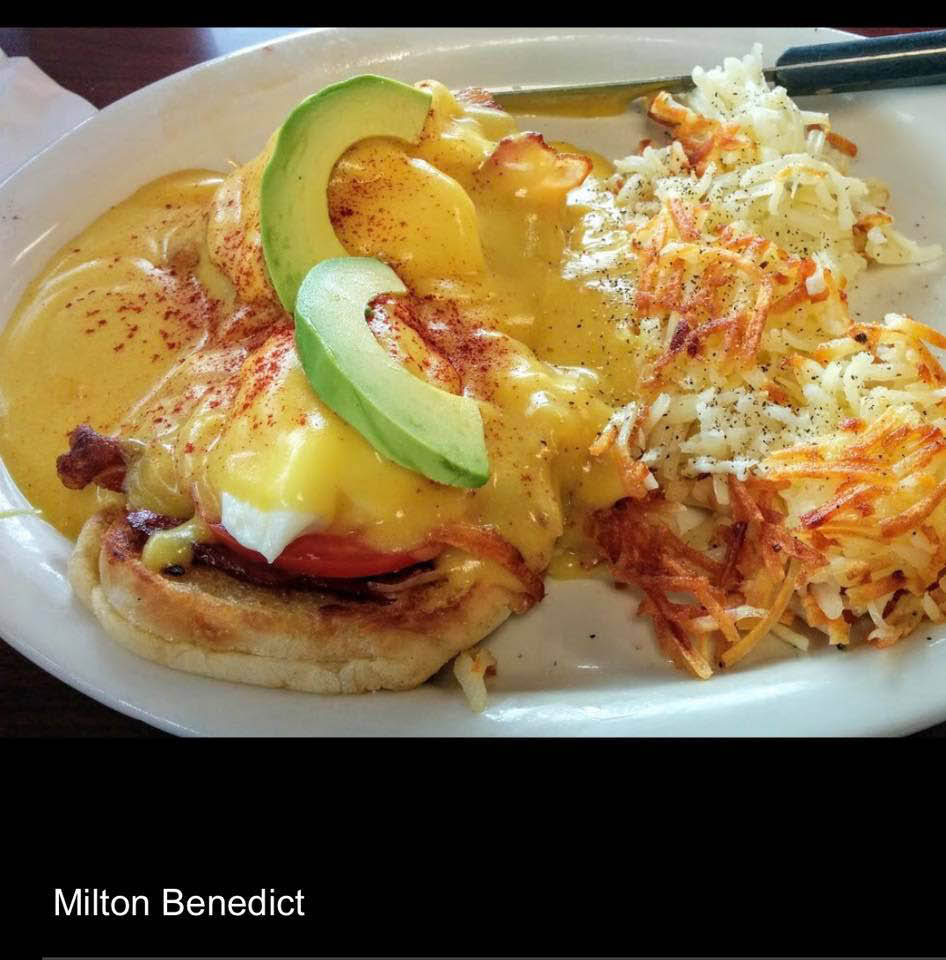 Breakfast served at Dave's of Milton Restaurant in Milton, WA - Eggs Benedict - traditional breakfast - family friendly restaurant - dining in Milton - breakfast in Milton, WA