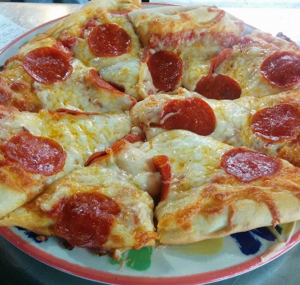 Dave's of Milton now serving brick oven pizza in Milton, Washington - pizza near me - Milton restaurants near me - dining in Milton, WA - dining coupons near me - restaurant coupons near me