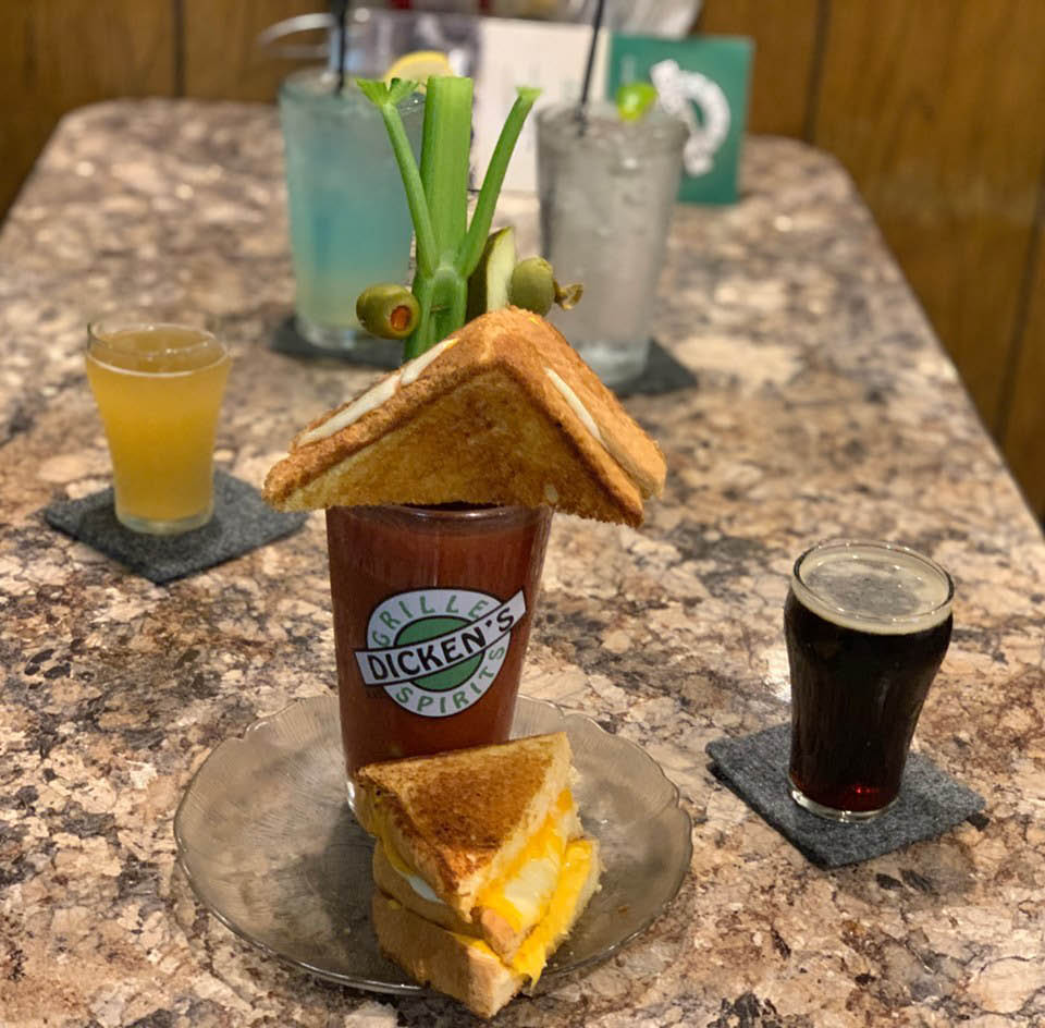 Dicken's-Grille-and-Spirits-Bloody-Mary-Grilled-Cheese