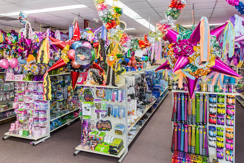 cowgirl party supplies, wedding supply store, party decoration items online