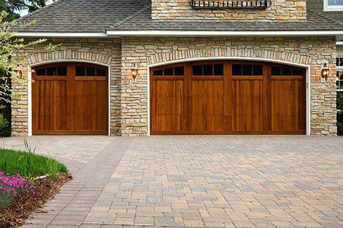Garage doors near Lake Saint Louis