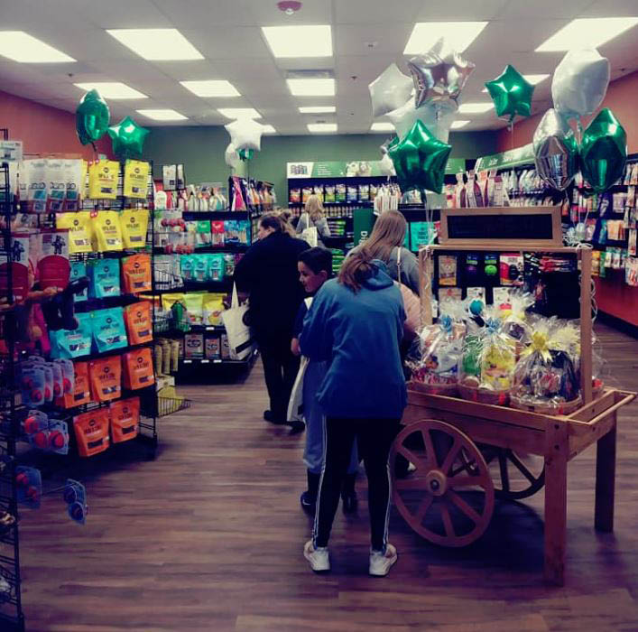 Earthwise Pet Nutrition Center & Wellness Spa in Woodinville, WA - pet stores near me - pet supplies - pet store coupons near me