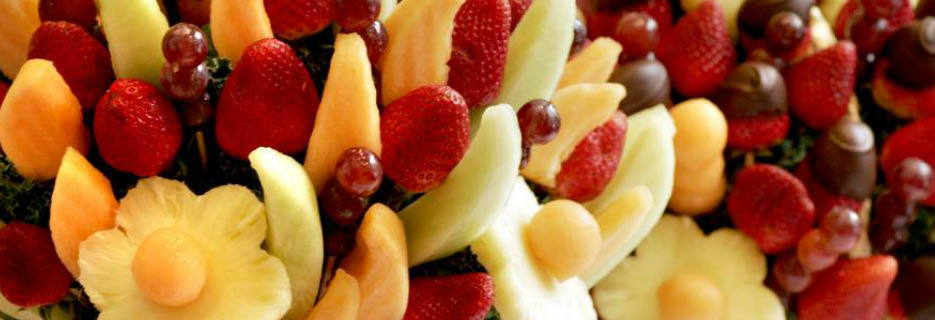 Edible Arrangements Petaluma, CA fruit arrangement basket banner