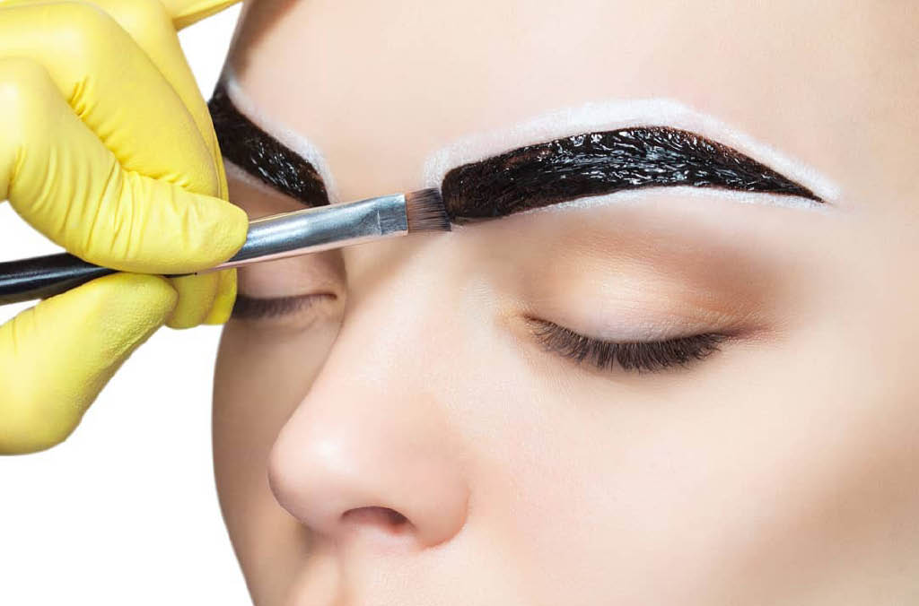 Get gorgeous eyebrows with services from Effortless Beauty in Lakewood, WA - permanent makeup - microblading - custom eyebrows