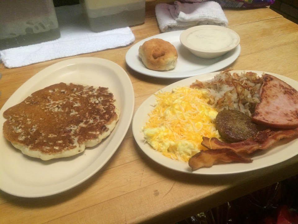 breakfast plate at elk's diner in burleson, tx