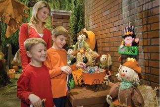 entertrainment junction model train display halloween family fun cincinnati ohio