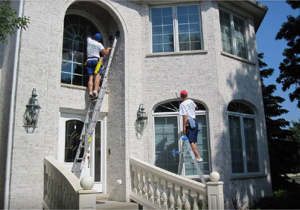 Qualified professional window washing, gutter cleaning and power washing service.