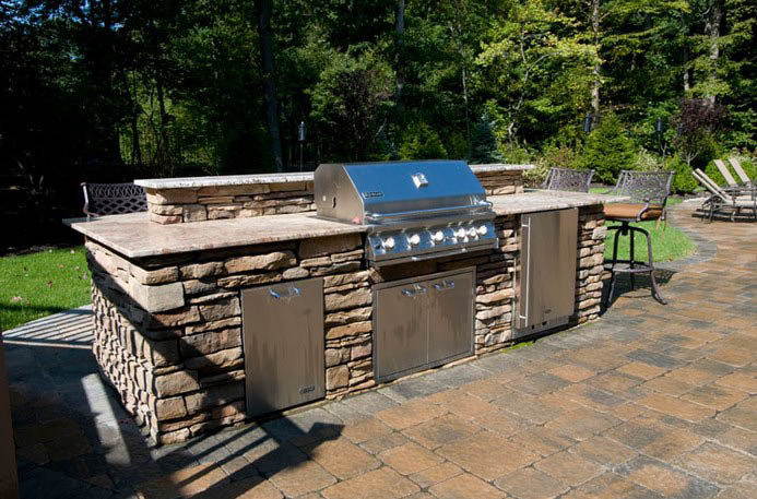 Retaining Wall Coupons, Landscape Lighting, Retaining Wall Discounts, Everclear Pools Coupons, Everclear Pools in Fairfield, NJ