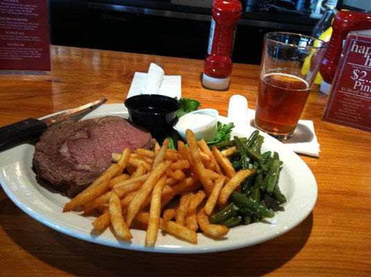 Delicious steaks and prime rib at Scuttlebutt Brewing Co. - Everett, Washington