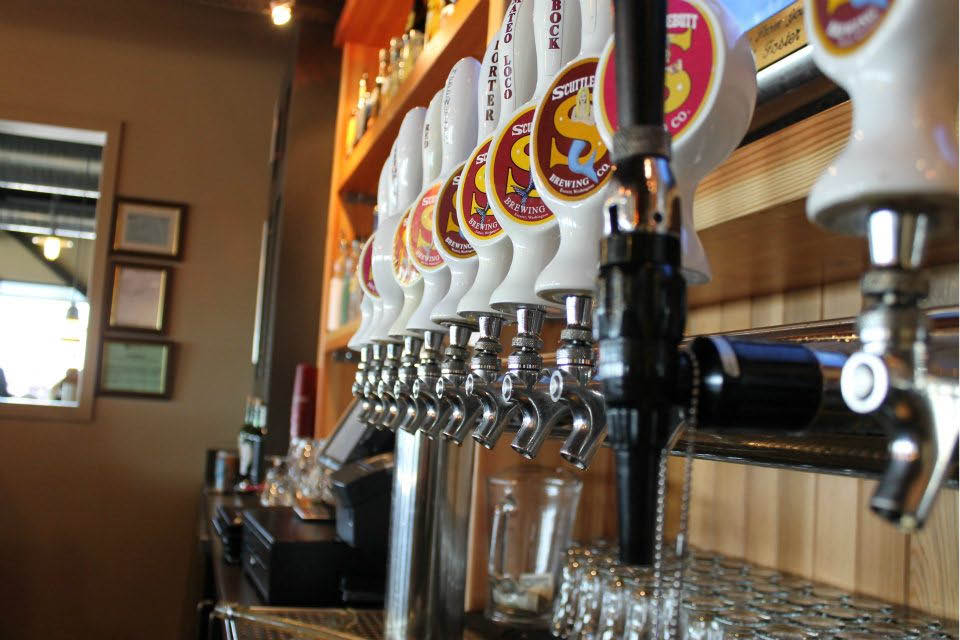 Scuttlebutt Brewing Company has a full bar and 11 beers on tap - Everett, WA