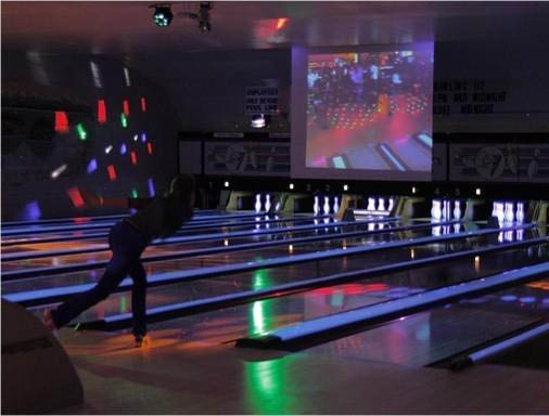 Cosmic Bowling at Evergreen Lanes in Everett, Washington - bowling in Everett - Everett bowling
