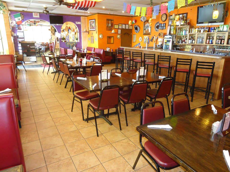 fajita grande restaurant in frederick md dining room.