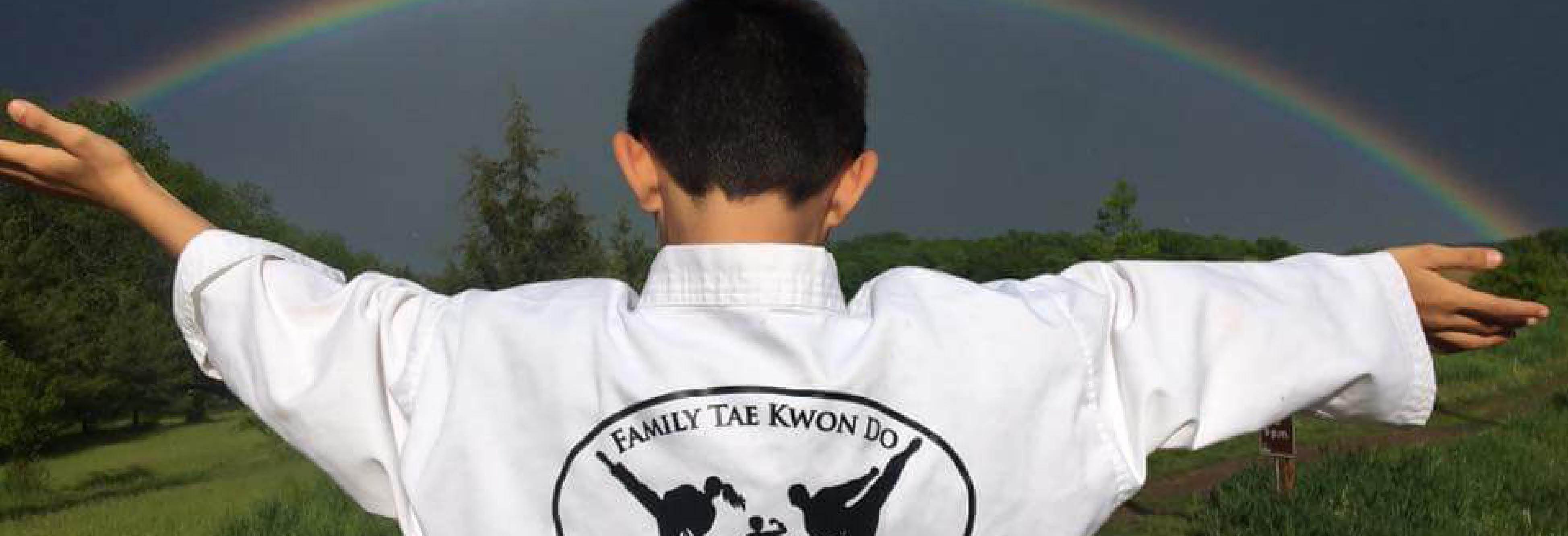 Family Tae Kwon Do Champions Menomonee falls Logo