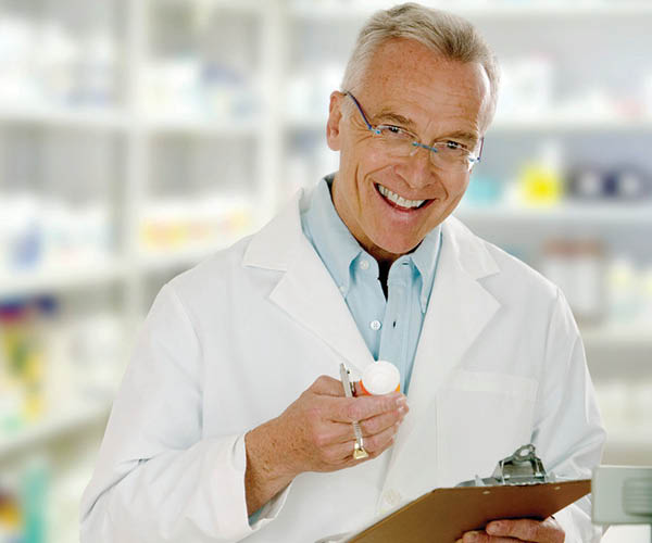 Local family pharmacist at Family Pharmacy in Fort Worth
