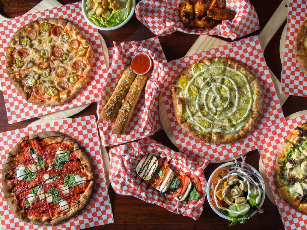 Fat Zach's Wood Fired Pizza in Sumner, Washington - pizza near me - pizza coupons near me - pizza restaurants in Sumner, WA - pizza in Sumner, WA