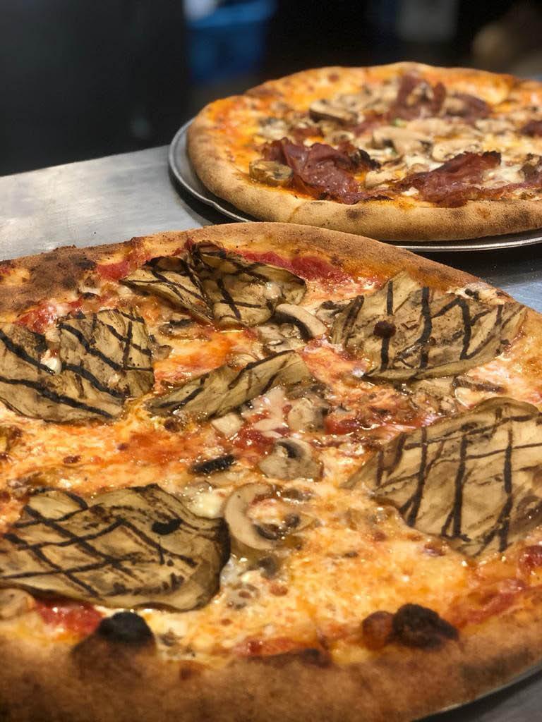 specialty pizza fiammella