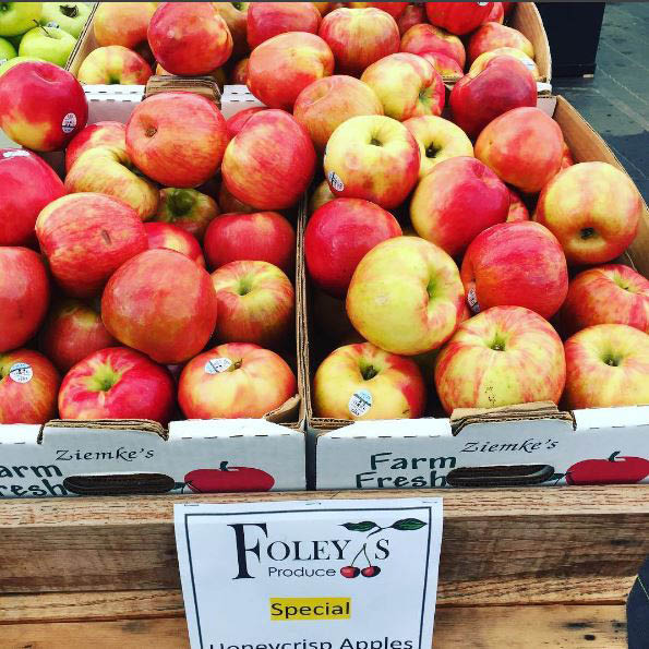 Foley's Produce - Maple Valley, WA - fresh fruit and vegetables in an outdoor market