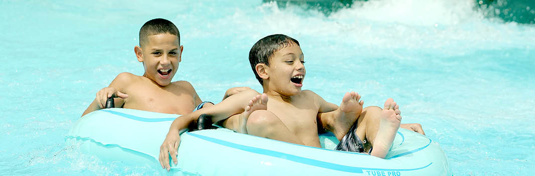 Outdoor Aquatic Splash at Fox Valley Park District in Montgomery, IL