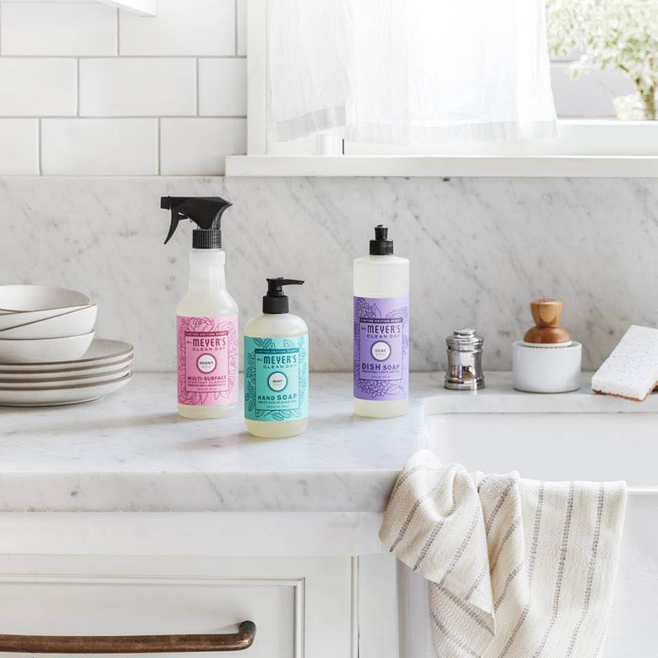 Mrs Meyer's cleaning products - nontoxic and sustainable formulas - Grove Collaborative