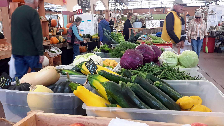 Fresh and beautiful produce from Gig Harbor Farmer's Market in Gig Harbor, Washington