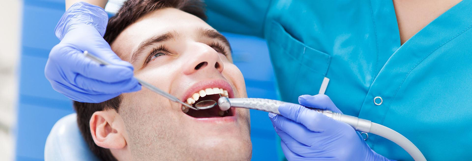 Family dental, teeth cleaning, fillings, crowns, dental implants, emergency dentistry