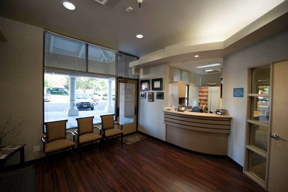 Comfortable patient waiting area at Bollinger Canyon Dental, San Ramon