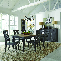 Liberty Furniture. Rectangle table w/Leaf, 6 Chairs