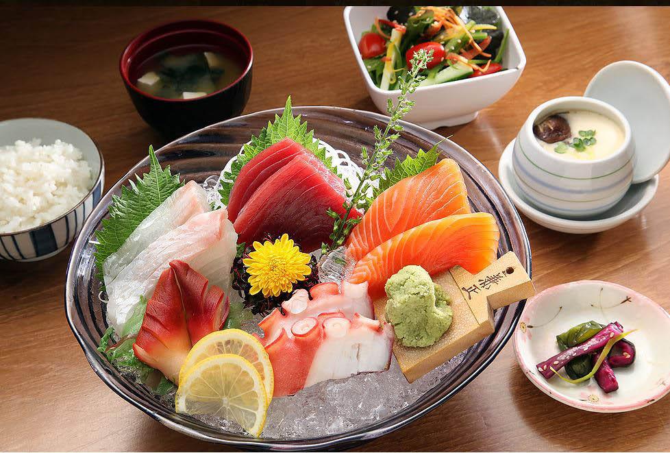 salad,seaweed salad,sashimi,sushi,shrimp,noodles,discount,deals,lawrenceville sushi,