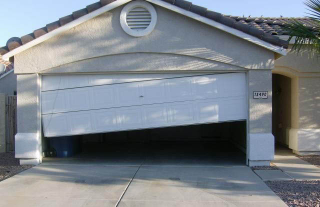 GDX LLC in Ravensdale, WA fixes all sorts of broken garage doors throughout Western Washington