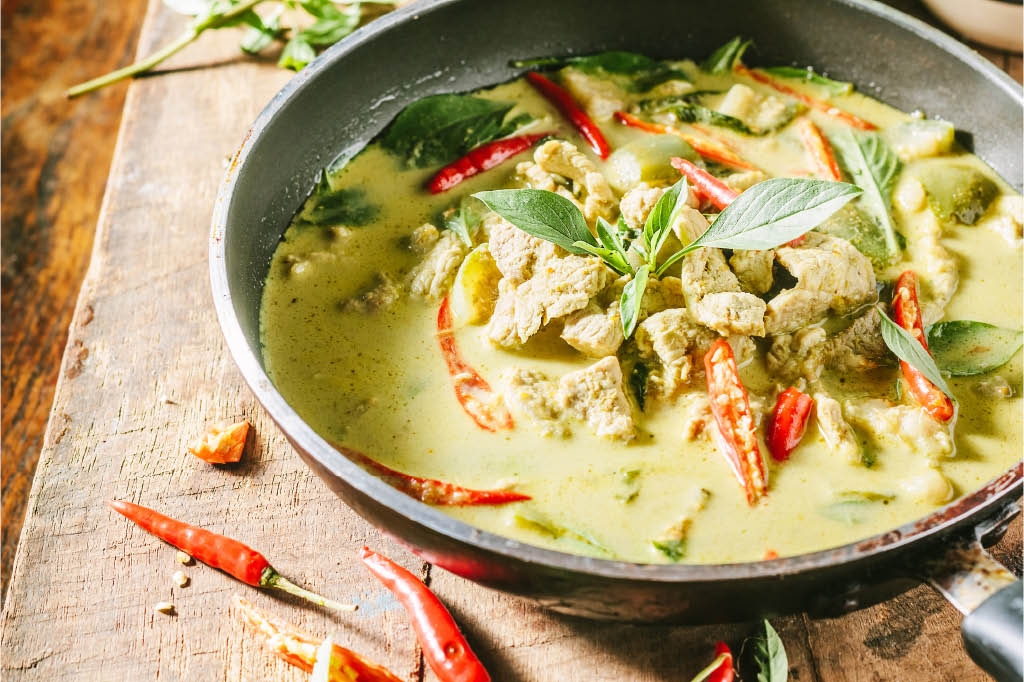 banh lao and thai pork green curry