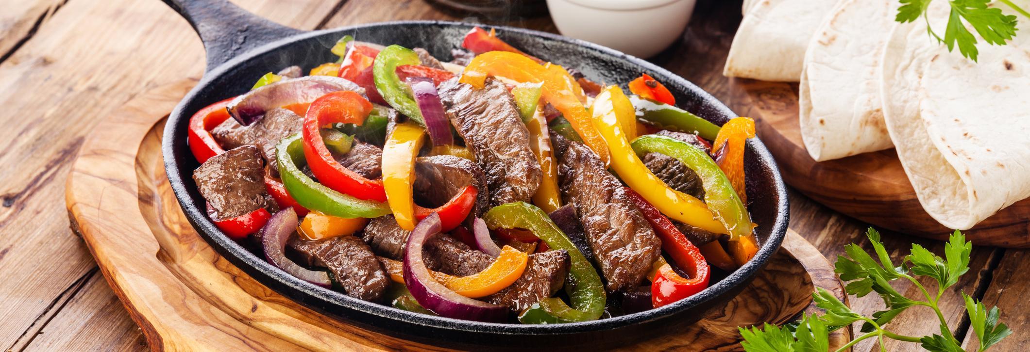 rancheros cocina mexicana fajitas dish