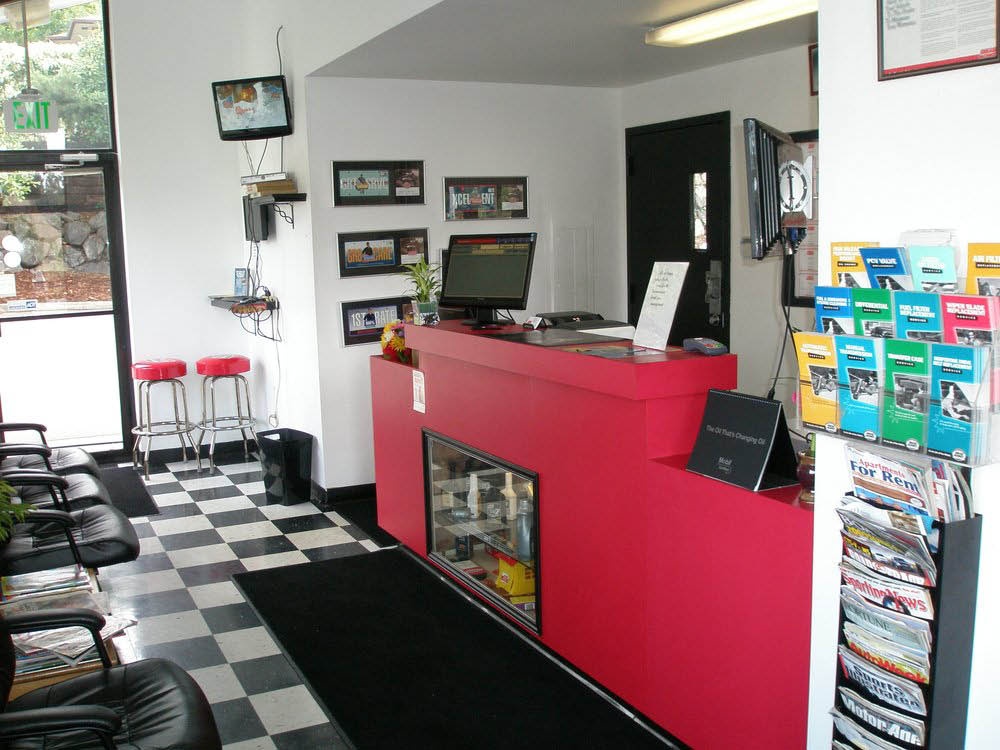 Grease Monkey shop in Normandy Park, WA - oil changes & more