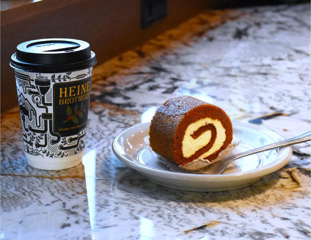 Breakfast treats, coffee, tea, lemonade, roasted coffee, hot, cold, blended, mocha, frozen, espresso,