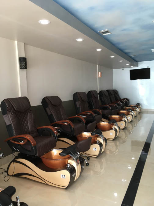 Happiness Nails Manicure/Pedicure Seating