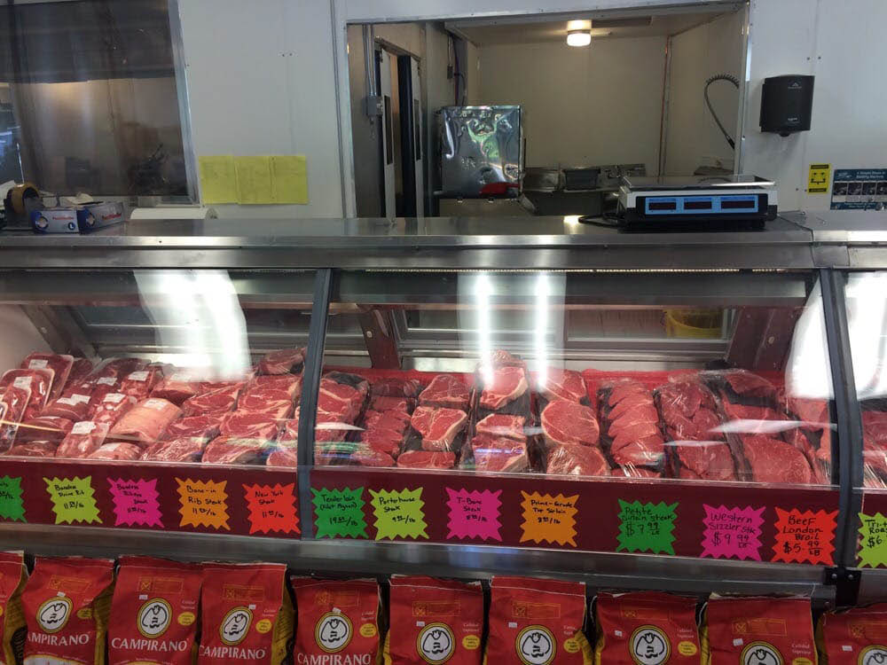 Fresh and quality meats from Harbor Farms Meats & Seafood in Gig Harbor, Washington - butcher shop