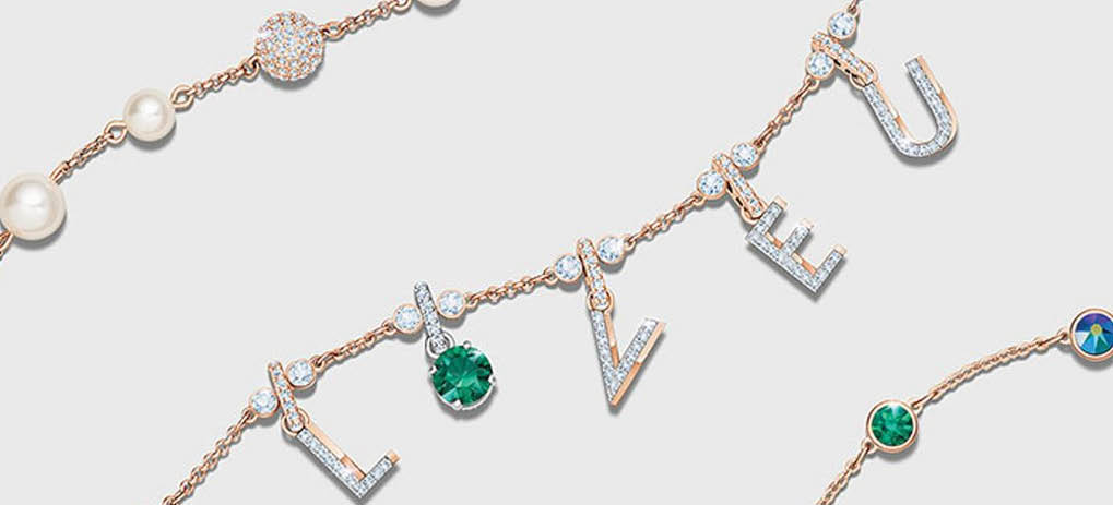 siver gold bracelets watches chains earrings diamonds emeralds ruby