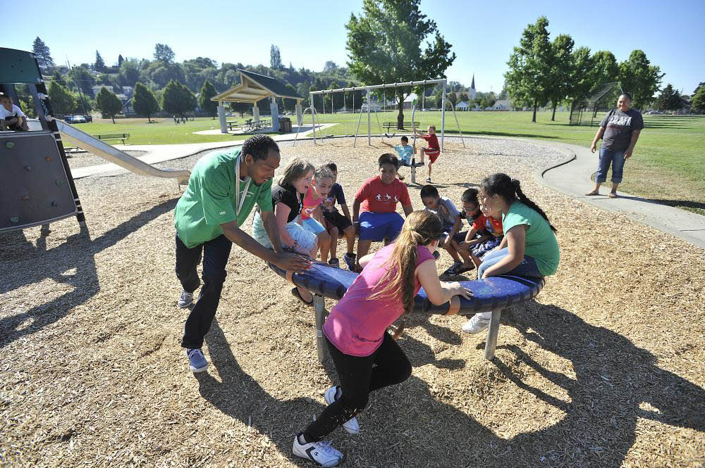 Kids learn and have fun together at the Graduate Tacoma Summer Learning programs - Tacoma, WA - Pierce County