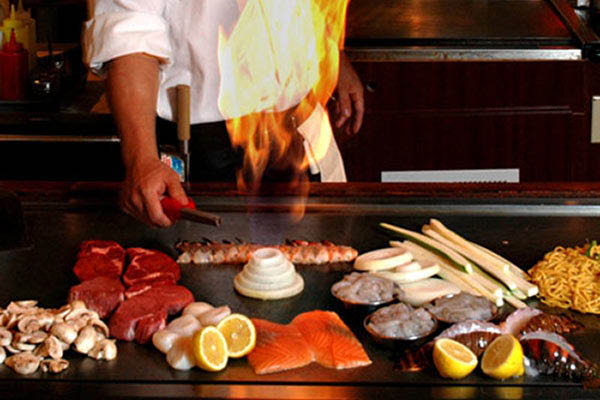 Firebowl grill ultimate hibachi buffet coupons in florence - Table de cuisson japonaise teppanyaki ...