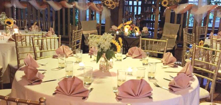 high tides restaurant,banquet,party,wedding party,graduation,discount,deals,dinner,