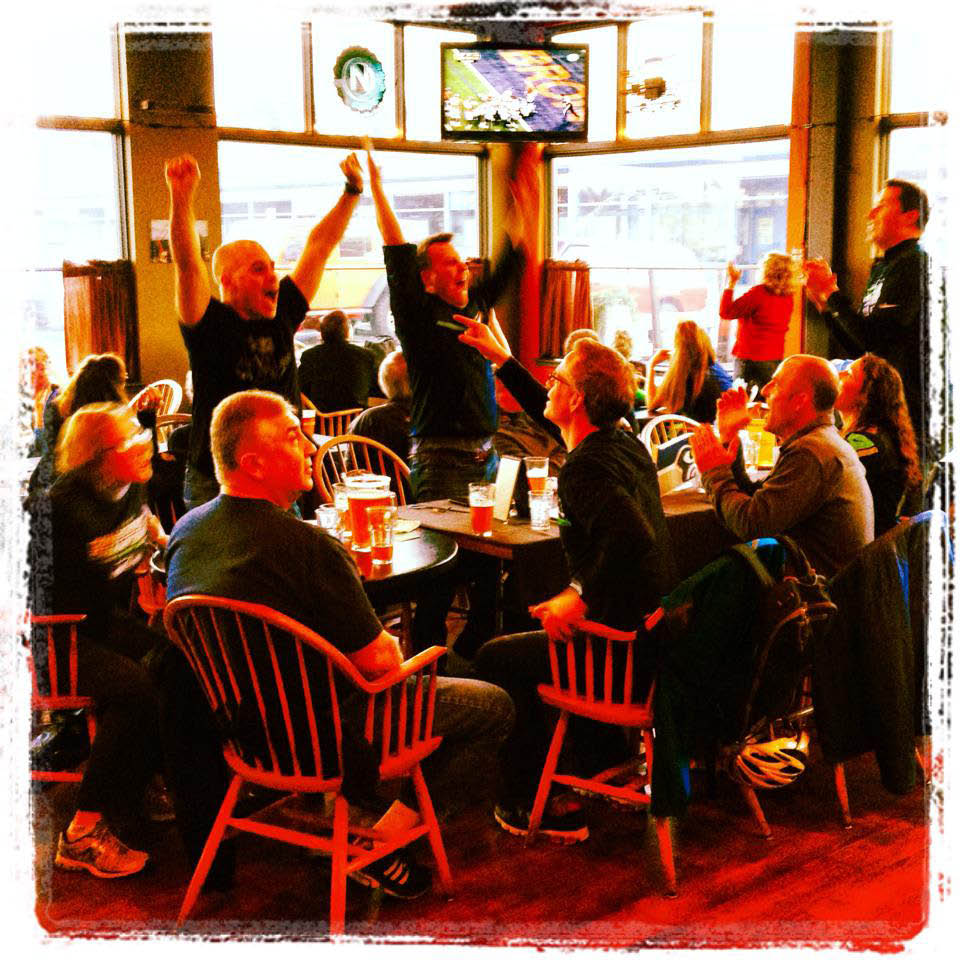 Enjoy sporting events and cheer on your favorite teams at Highliner Public House in Seattle, WA