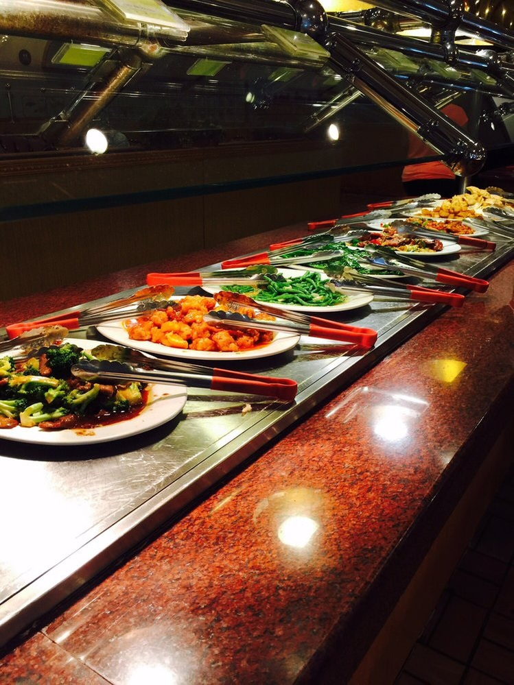 Visit Hokkaido Buffet for hot, fresh and delicious Chinese foods