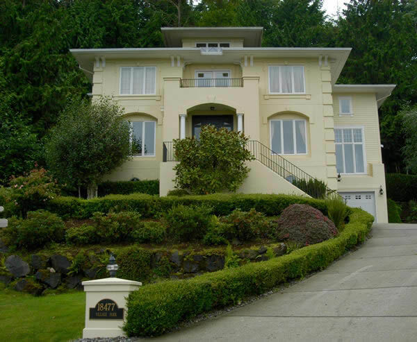 Home Pros Painting and Decking - Seattle painters - Seattle area painters - professional painting company - exterior painting